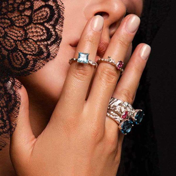 ZYDRUNE Celestial 'Alnilam' Topaz ring lookbook2.