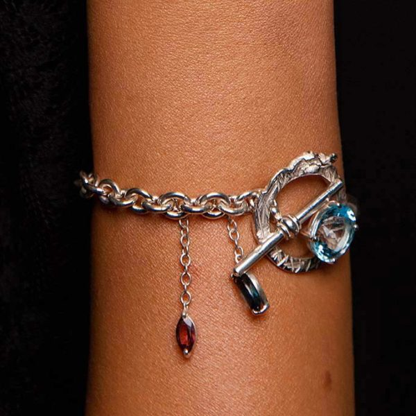ZYDRUNE Celestial 'NGC 6960' gemstone bracelet lookbook2.