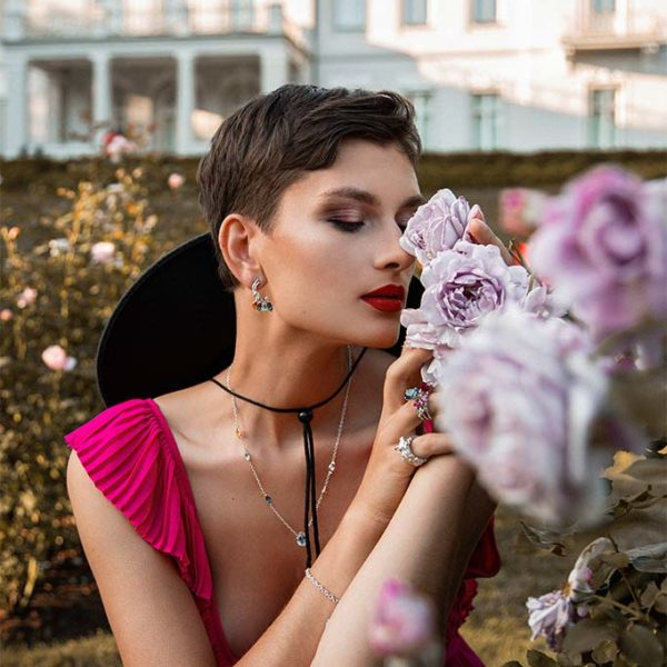 ZYDRUNE Celestial 'Trifid' necklace lookbook in the field of roses.