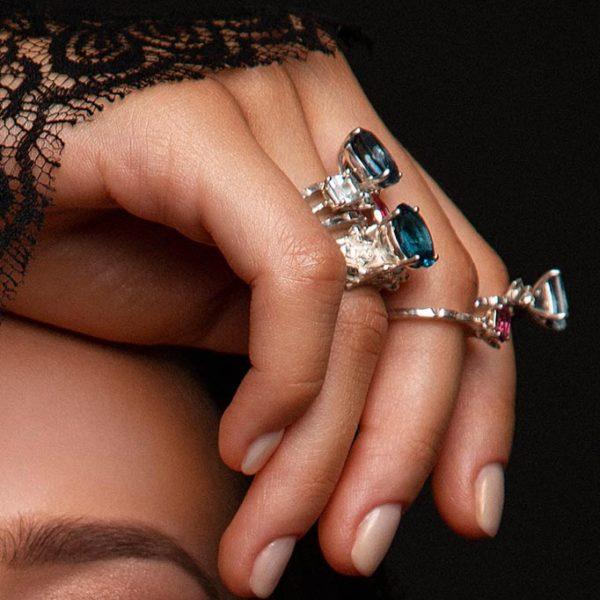 ZYDRUNE Celestial 'Vega' Topaz ring lookbook5.