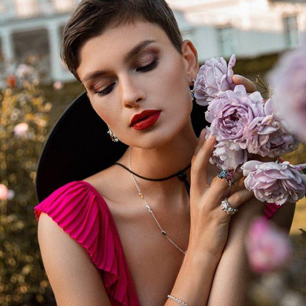 ZYDRUNE Celestial 'Vega' Topaz ring lookbook in the field of roses.