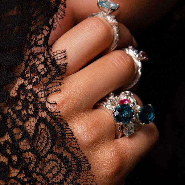 ZYDRUNE Celestial 'Vega' London Blue Topaz ring lookbook3.