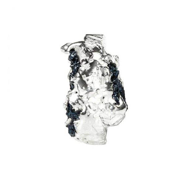 Zydrune Anomaly jewellery, 'Glaze Ice' woman's Silver ring front view.