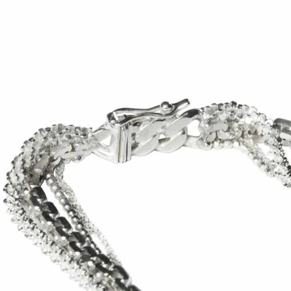 Zydrune Anomaly jewellery, 'Vein Ice' bracelet clasp detail.