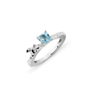 ZYDRUNE Celestial 'Mintaka' sky-blue Topaz ring.