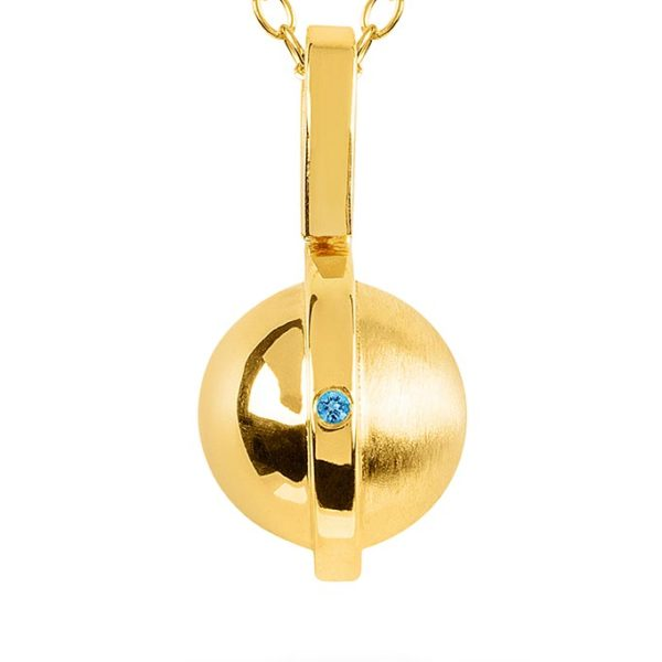 November Birthstone pendant with Topaz by ZYDRUNE. Close-up.
